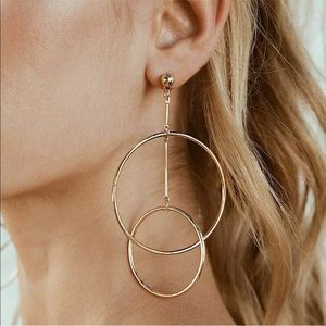 ✨Gold Tone Double Hoop Drop Earrings✨